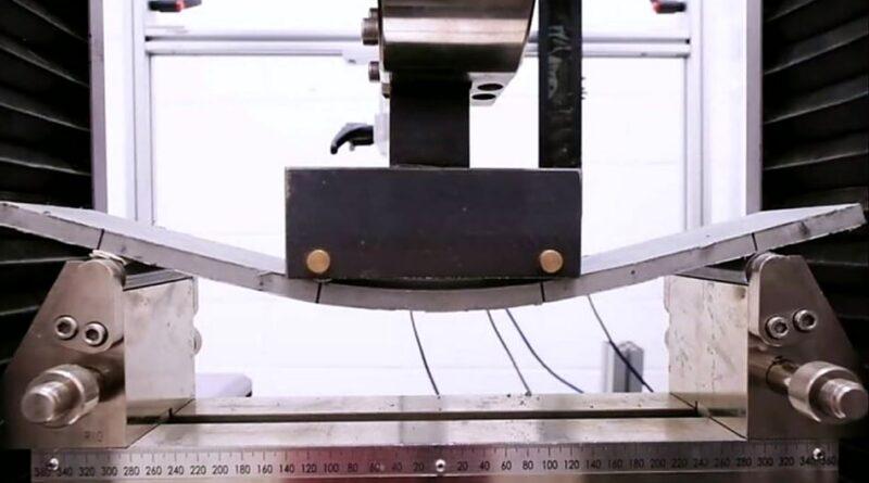 Placa de beton flexibil